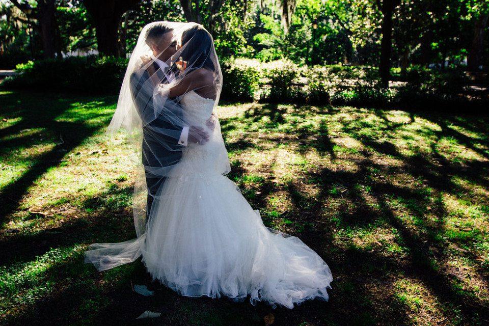 IMG_1074-960x640 Classic Savannah Love Story