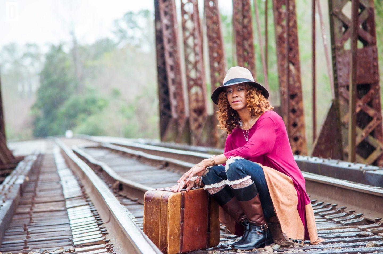 Chic Hattiesburg Mother's Railroad Shoot 2