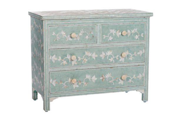 416-45-15318-595x397 8 Floral Home Decor Pieces We Adore