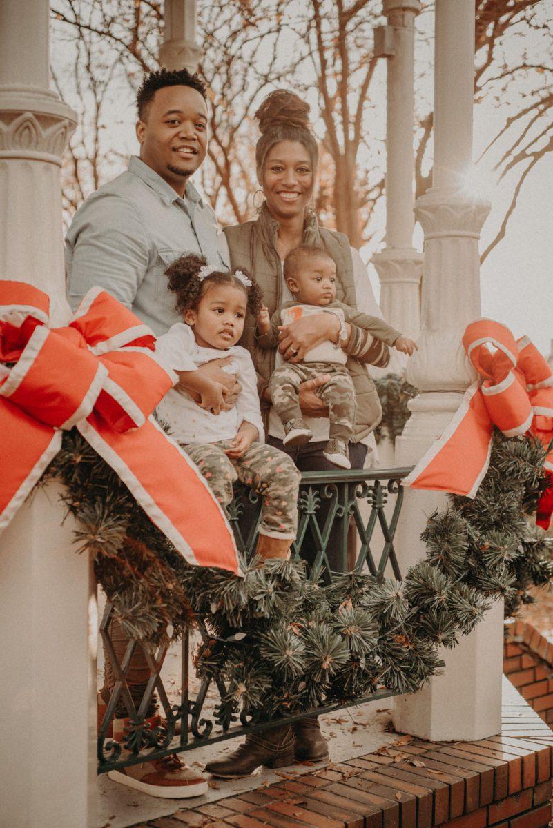 2erjce9e3p3txoe7zr81_big Marietta, GA Holiday Fun with the Ford Family