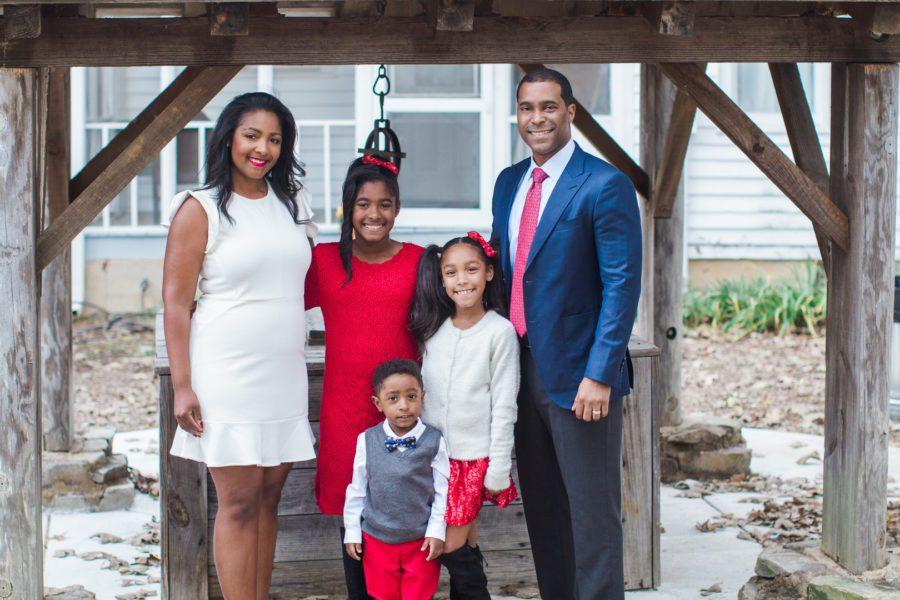 k3kf24s56r0jjmnrhm64_big Farmhouse Christmas Family Fun in Atlanta, GA