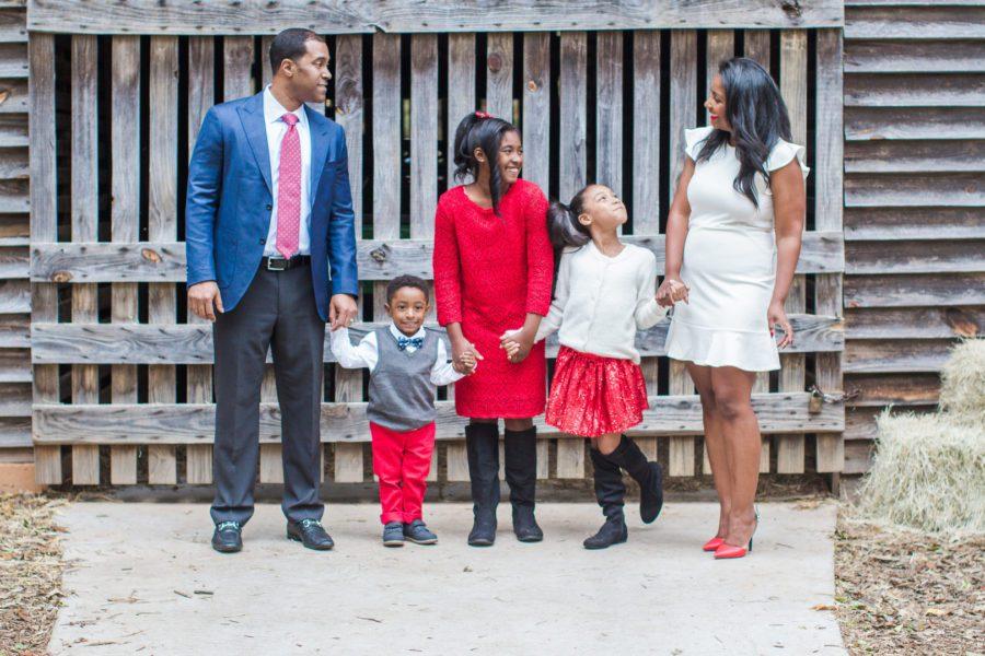 qzuvp1obwmwpfnimc287_big Farmhouse Christmas Family Fun in Atlanta, GA