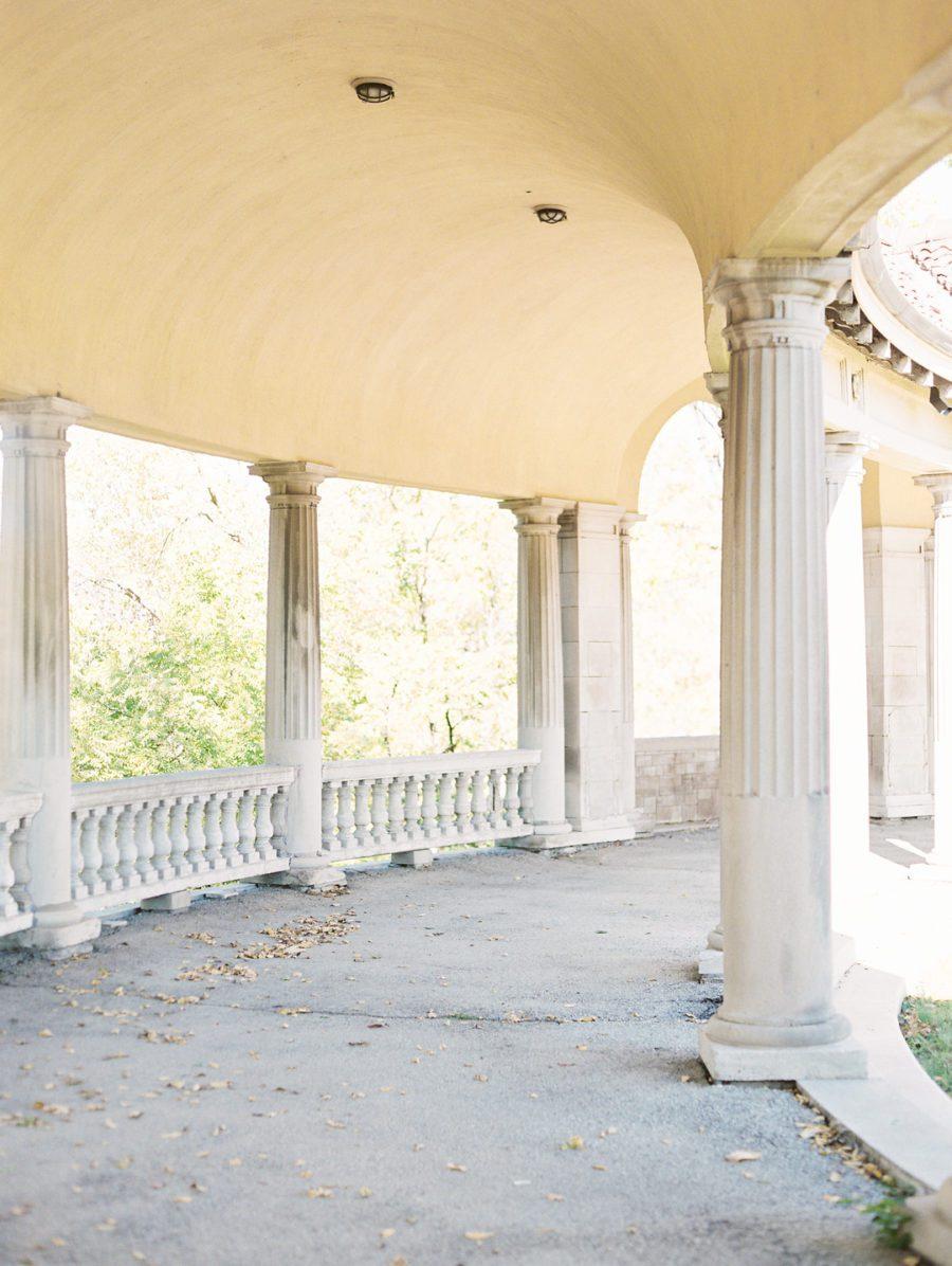 703z4s30ej39o4j1tr52_big Kansas City, Missouri Outdoor Wedding Inspiration