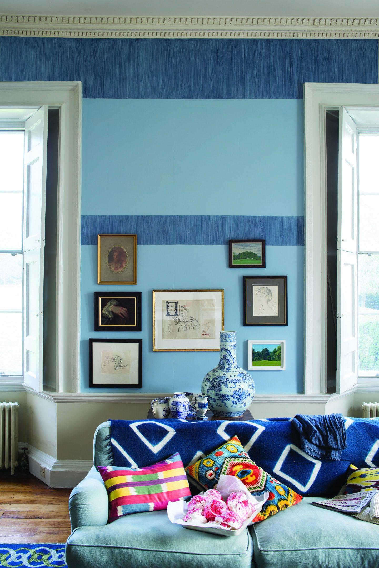 FarrowBall_1182390_PitchBlueandLulworthBlueLivingR.jpg-1440x2158 Paint Inspiration: 20 Colorful Rooms We Love
