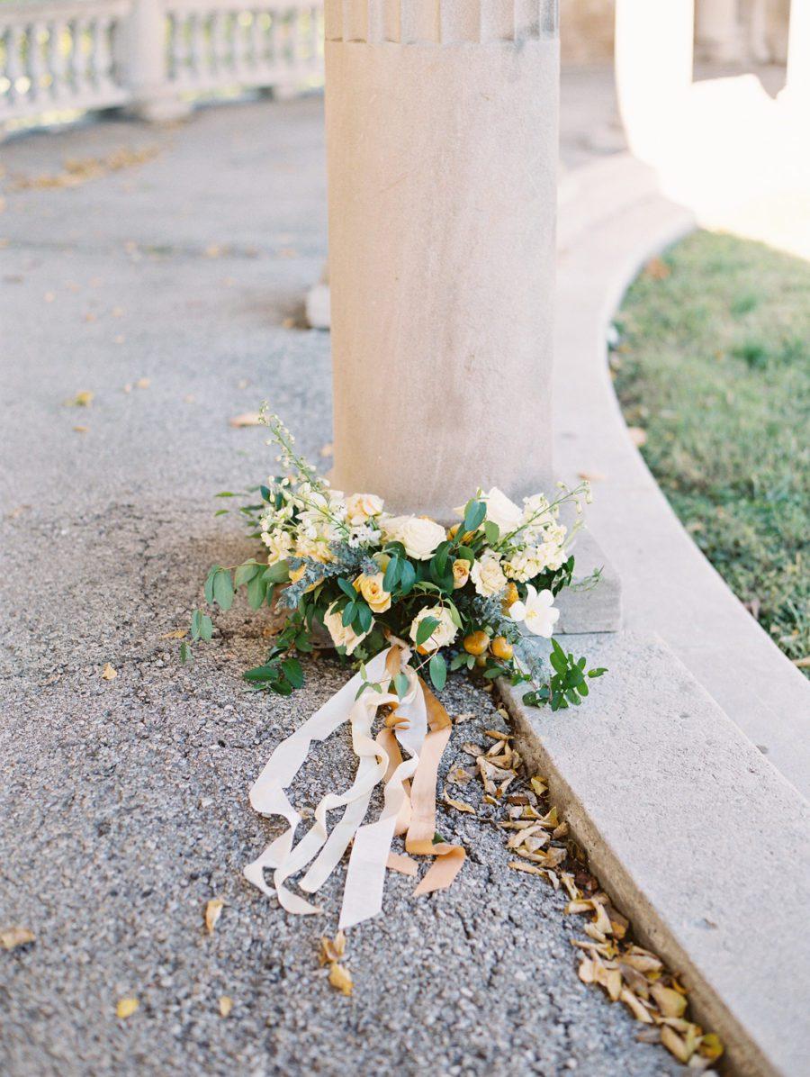 br5k9i0sggt7hbc10356_big Kansas City, Missouri Outdoor Wedding Inspiration
