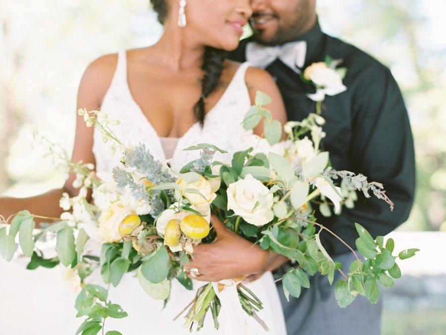 oayu301gcowo6pd7dv73_big Kansas City, Missouri Outdoor Wedding Inspiration