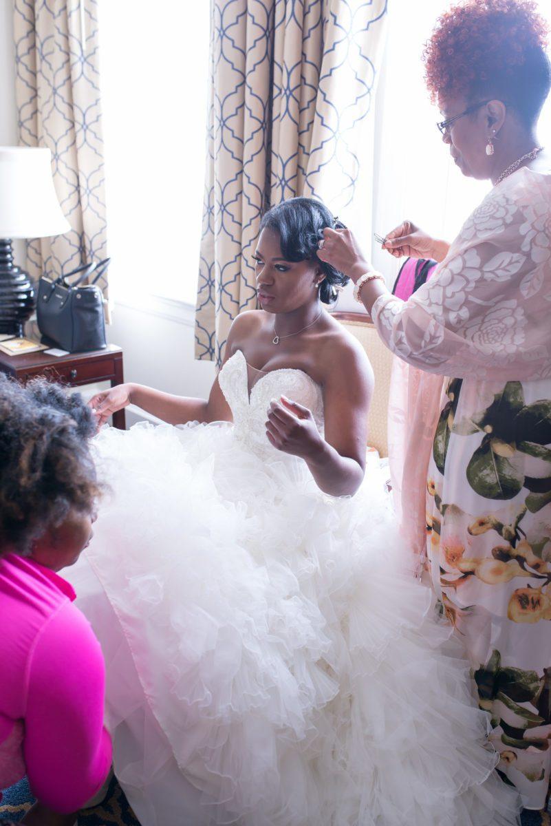 oxim0xivxf1nag6w9518_big Charleston, SC Spring Wedding at Francis Marion Hotel